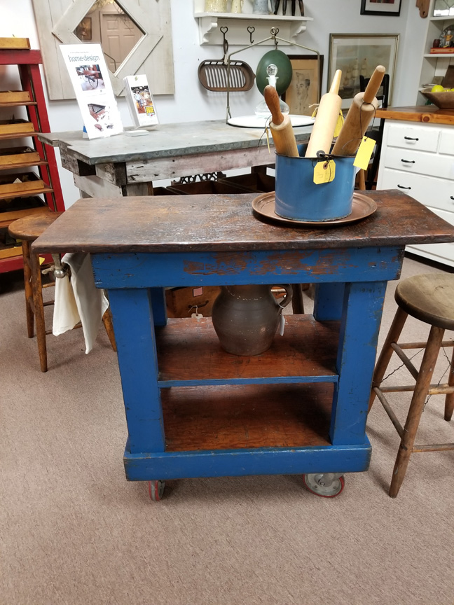 IS-52 SMALL ROLL-AWAY KITCHEN ISLAND ~ $495