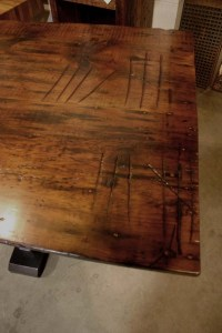 DT-81 Trestle Table - marriage marks