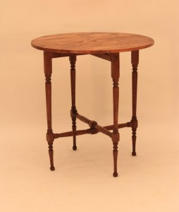 et_66_antique_end_table_base_with_old_pine_top