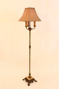 lt_24_antique_brass_marble_floor_lamp
